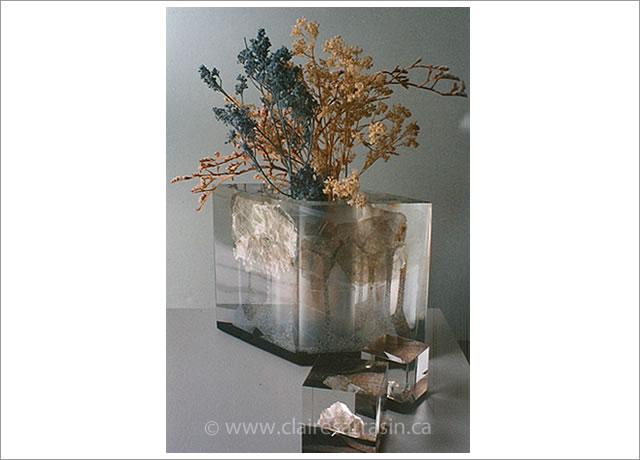 Vase et presse-papiers